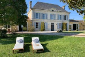 Luxury Chateau, Jonzac, France